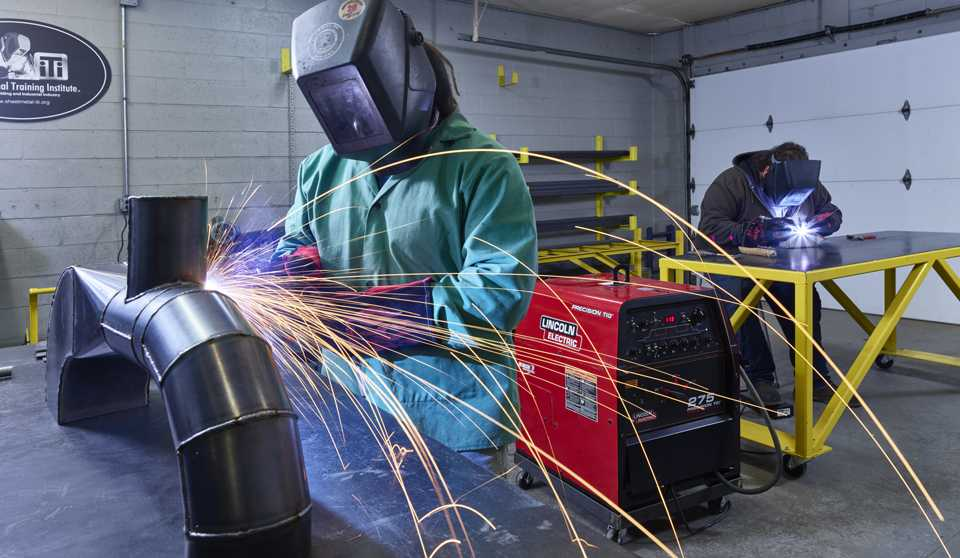 SMART Local 20 Union Sheet Meta Industry Sheet Metal Industrial Fabrication Welding